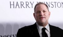 Former NY Times Reporter Says Paper Refused Negative Story on Harvey Weinstein
