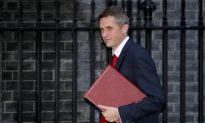 Britons Who Join ISIS Should Be Hunted and Killed: Defence Minister