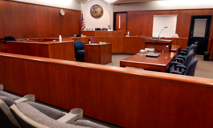 Man scheduled for jury duty—but his excuse to the judge. People ask—'Did i imagine that?'
