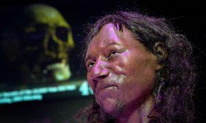 First Modern British Man Had 'Dark to Black' Skin, DNA Research Shows