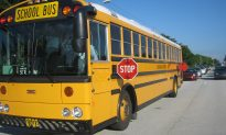 Father Earns Praise for Making Son Run a Mile to School for Bullying Kids on Bus