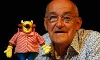 Comedian and 'Bullseye' Presenter Jim Bowen Dies Aged 80