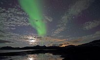 Aurora Chasers in Canada Discover a New Type of Northern Lights Dubbed 'Steve'