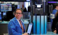 Wall Street Drops as Regulation Worry Sinks Tech Shares