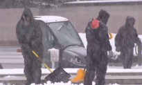 Winter 'Four'easter' Storm Hits Eastern US, Snarling Traffic, Closing Schools