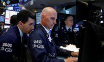 Traders Expect US Rate Hike in June, Shrug Off Weak Payrolls Data