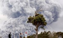 Hawaii Volcano Erupts in 6-Mile-High Plume, 'Ash Fallout' Alert