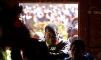 Zimbabwe's Ruling Party Wins Majority in Parliament, Opposition Questions Poll