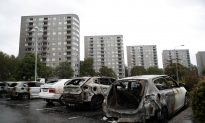 Youths Set Fire to Cars in Violence Across Southwest Sweden