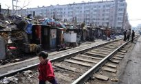 Chinese Citizens' Household Wealth Squeezed by Booming Debt, Wage Disparity, Economist Says